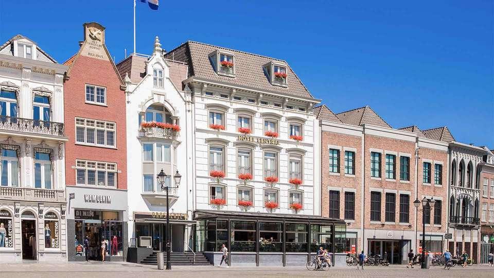Golden Tulip Hotel Central - EDIT_Voorzijde_Golden_Tulip_Hotel_Central_-_Brasserie_Ce_02.jpg
