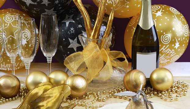 Fin de Año en Tafalla con cava, uvas de la suerte y ambiente romántico