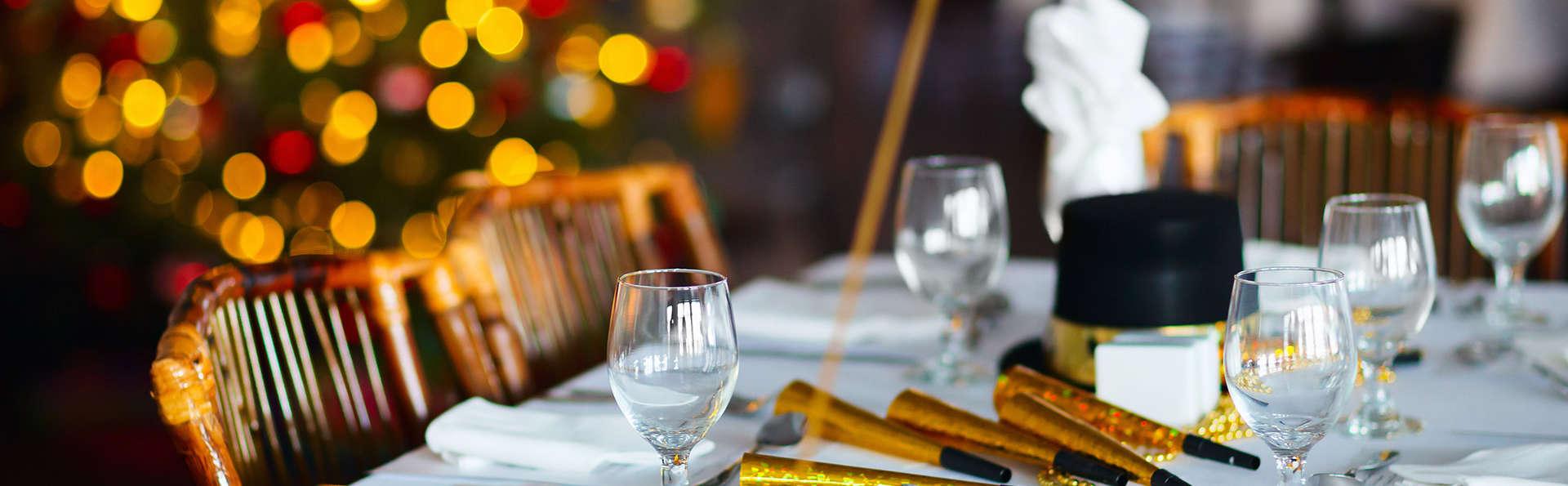 Réveillon en famille à Pampelune avec dîner dans un restaurant de la vieille ville.
