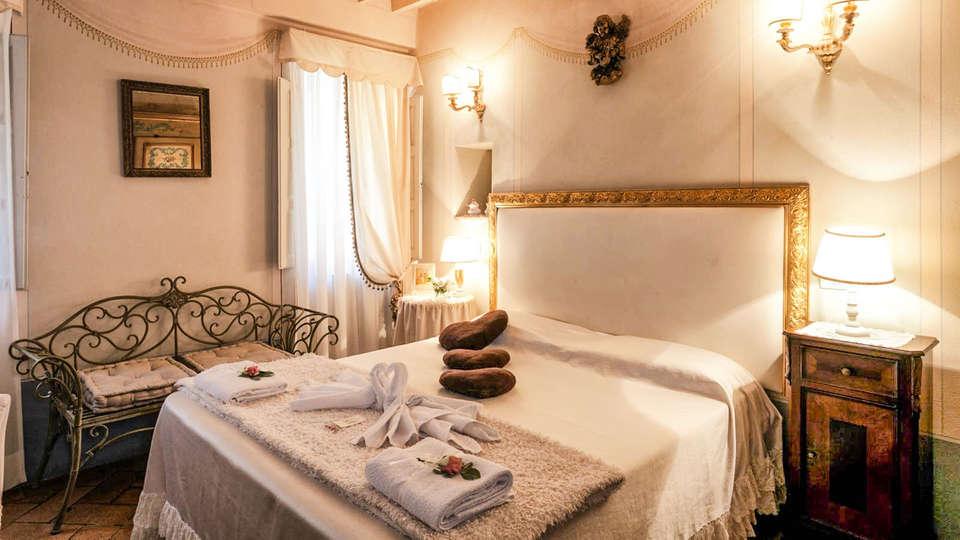 Giardino Segreto - Historic Capitano Collection - EDIT_mughetto_pic_01.jpg