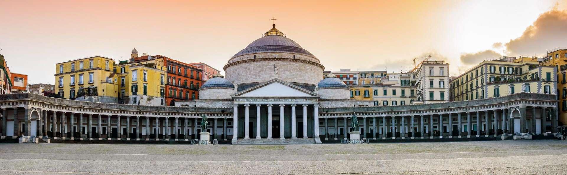 Offre au centre-ville de Naples, avec entrée pour la Naples souterraine incluse !