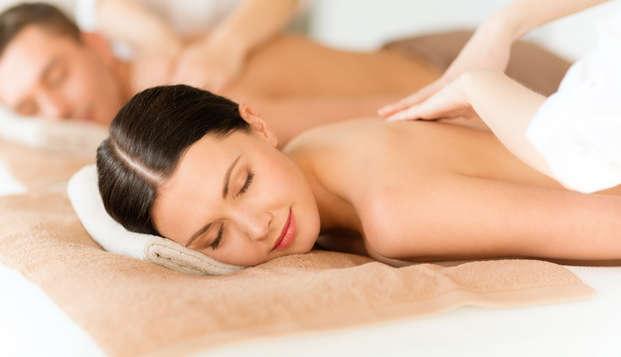 Escapada relax con acceso al spa y masaje en apartamento lujoso a pie de playa (desde 2 noches)