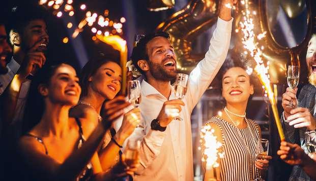 Knallend Oud & Nieuw feest in Uden met vuurwerk, hapjes en drankjes!