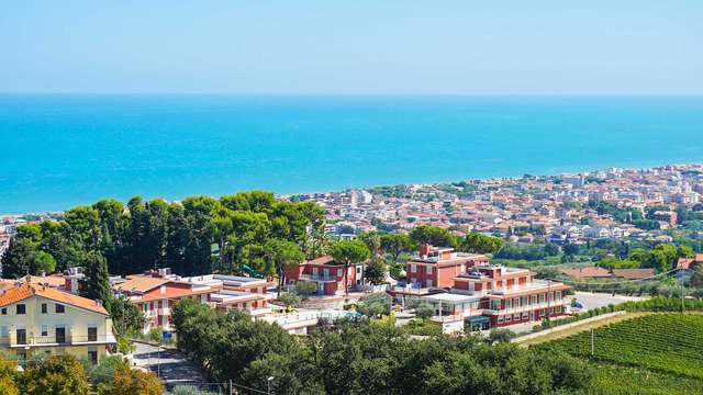 Soggiorno a Tortoreto in hotel 4* con parcheggio gratuito