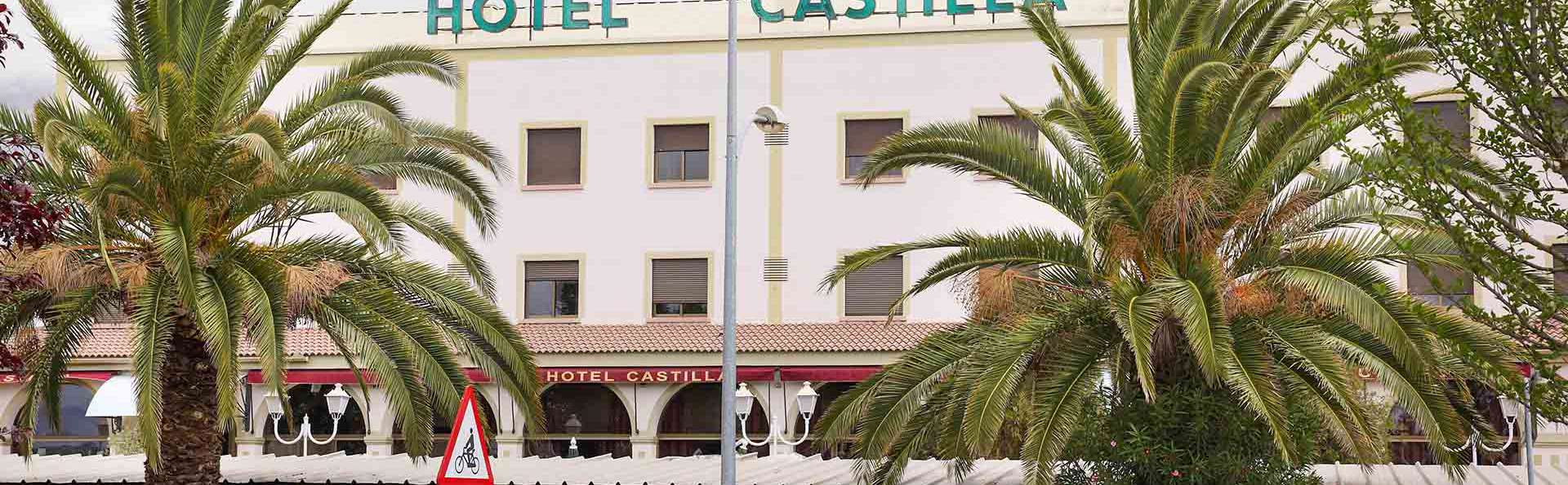 Hotel Castilla Torrijos - EDIT_FACHADA_HOTEL_CASTILLA_01.jpg