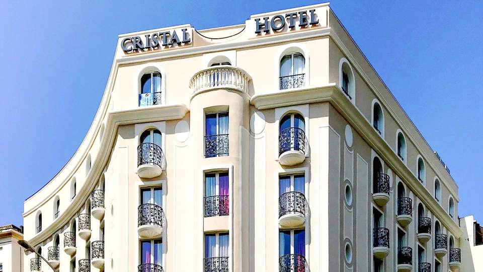 Cristal Hôtel & SPA - EDIT_EXTERIOR_01.jpg