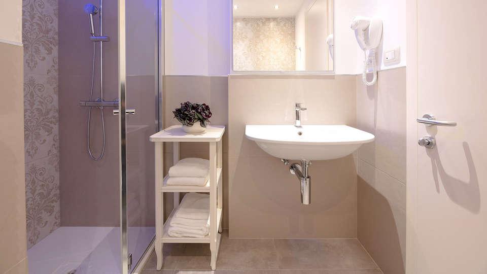 Hotel La Caporala  - EDIT_BATHROOM_01.jpg