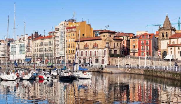 Descubre Gijón inmerso en su casco histórico y de regalo una botella de sidra