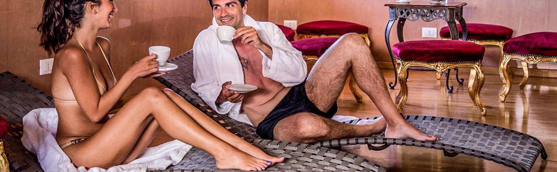 Week-end pour couples à Rome : nuit en chambre Deluxe avec spa, un massage par personne et dîner