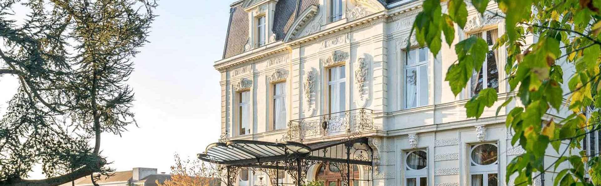 Hotel Château de Verrières & Spa Saumur - EDIT_EXTERIOR_01.jpg