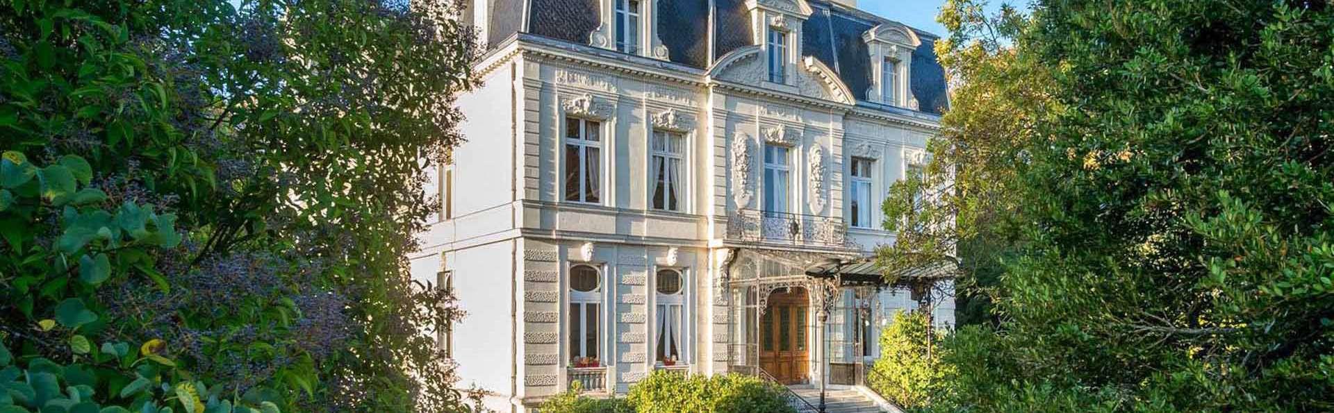 Hotel Château de Verrières & Spa Saumur - EDIT_EXTERIOR_02.jpg