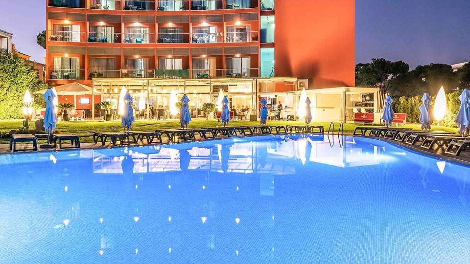 Aqua Pedra Dos Bicos Beach Hotel (Adults Only) - EDIT_Hotel_s_facade_01.jpg