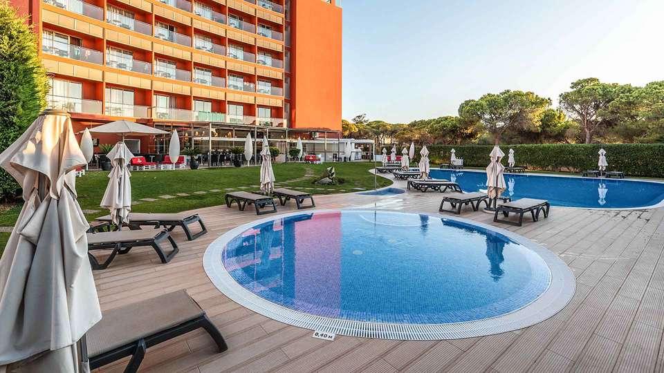 Aqua Pedra Dos Bicos Beach Hotel (Adults Only) - EDIT_Pool_area_04.jpg