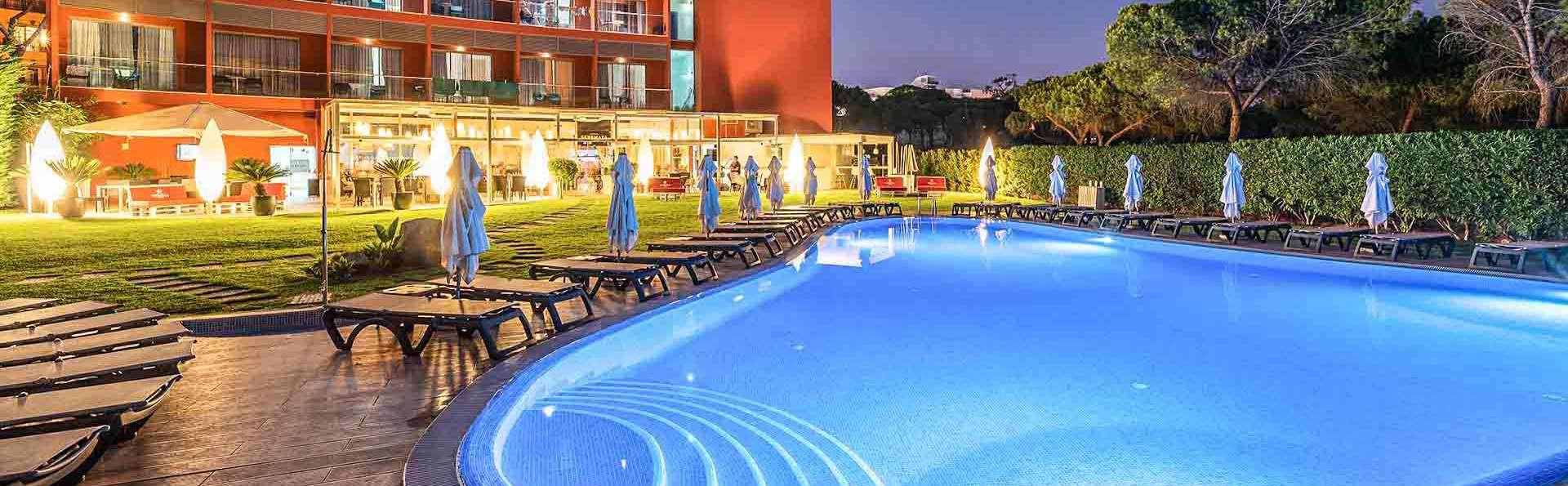 Escapade dans un hôtel design avec accès direct à la plage de Bicos et cadeau de bienvenue