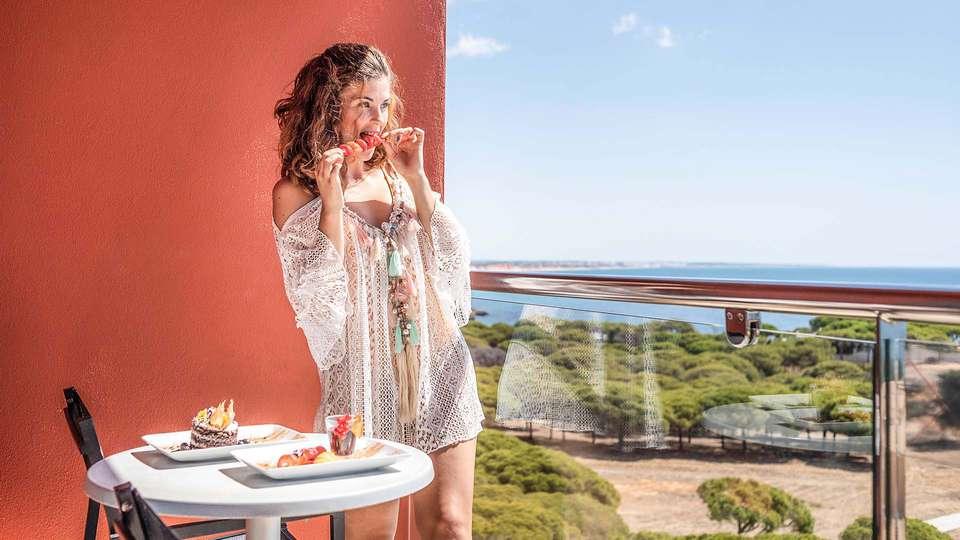 Aqua Pedra Dos Bicos Beach Hotel (Adults Only) - EDIT_Room_s_balcony_04.jpg