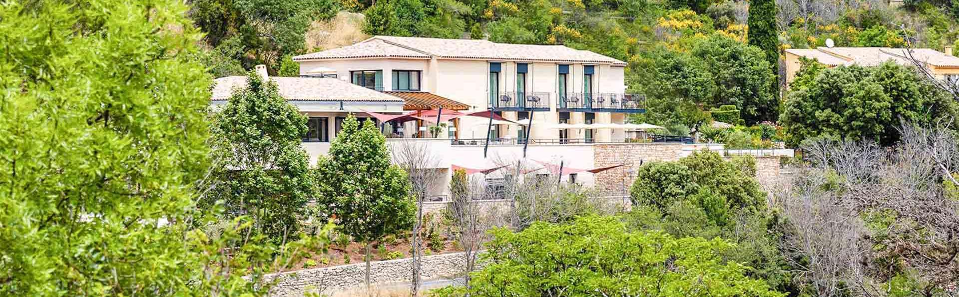 Farniente ou randonnées, découvrez la montagne Sainte-Victoire depuis un élégant hôtel 4*