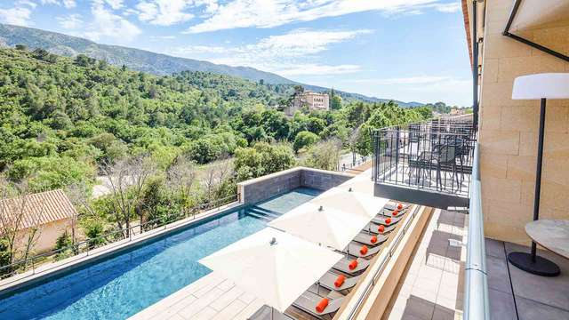 Habitación con terraza para una estancia de 4* en el corazón del Pays d'Aix