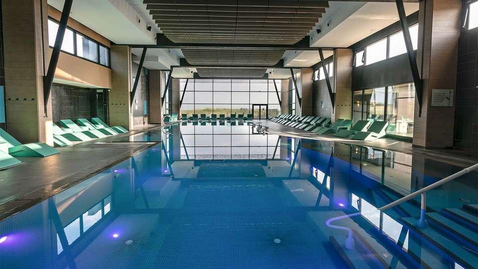 Hôtel les bains de Cabourg & Spa by Thalazur - EDIT_POOL_06.jpg