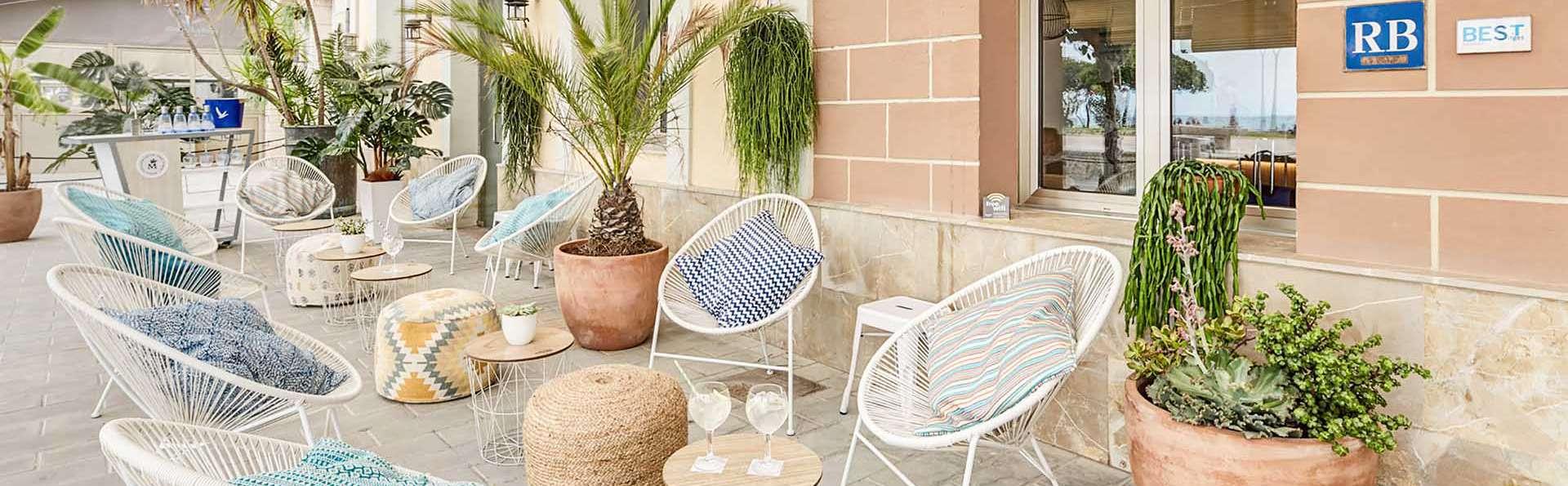 Kalma Sitges Hotel - EDIT_entrada_01.jpg