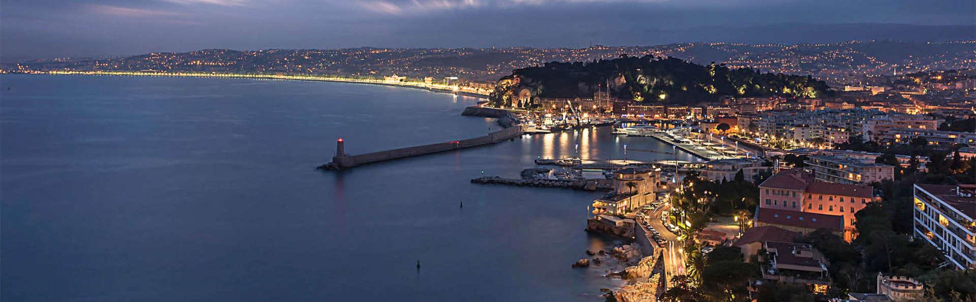Hôtel Esprit d'Azur - EDIT_AERIAL_01.jpg