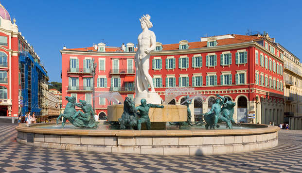Balcon sur Nice pour une parenthèse détente dans les Alpes-Maritimes