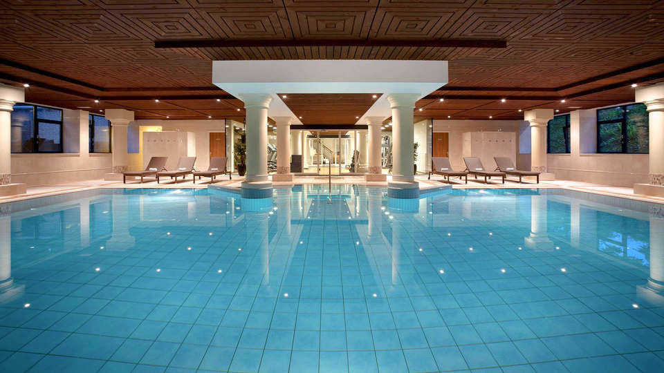 DoubleTree by Hilton Royal Parc Soestduinen - EDIT_POOL_01.jpg