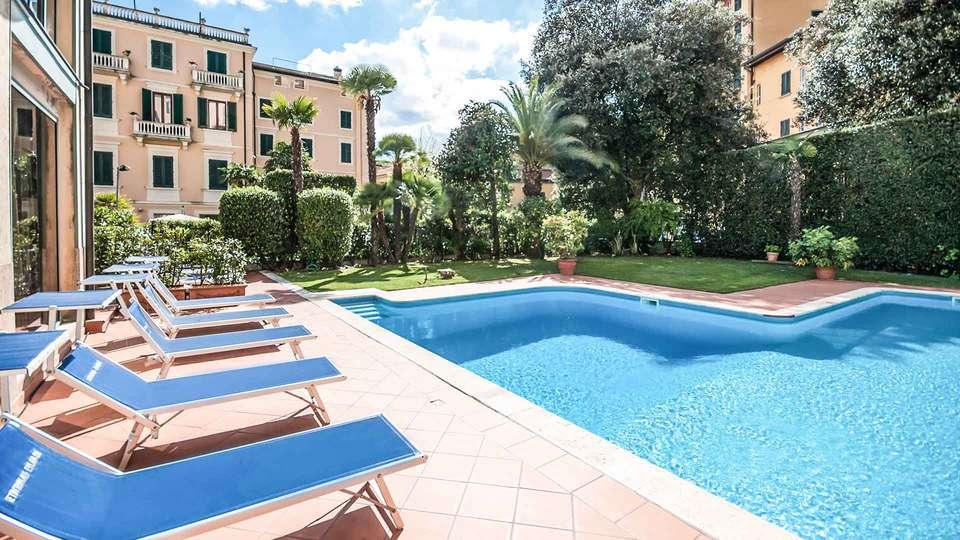 Hotel Settentrionale Esplanade - EDIT_Pool_01.jpg