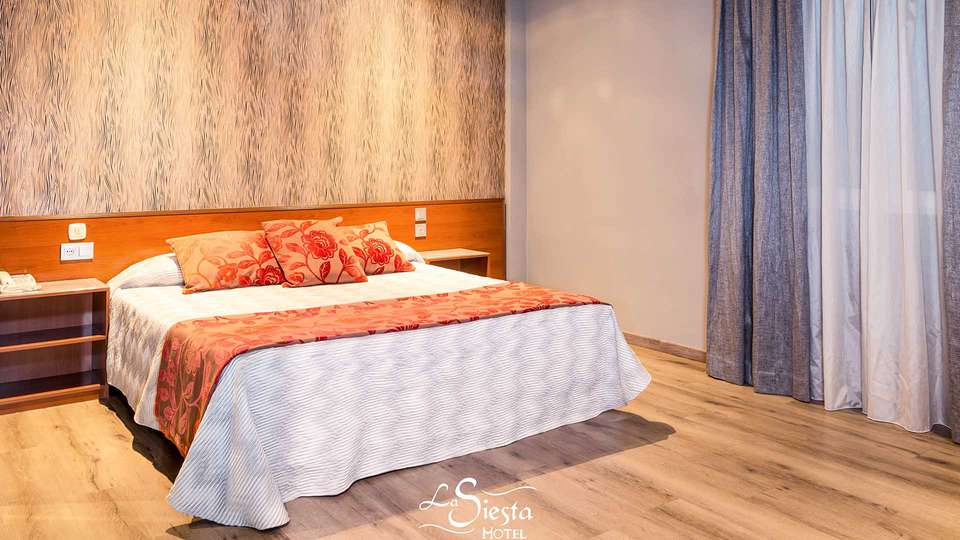 Motel La Siesta - EDIT_ROOM_01.jpg