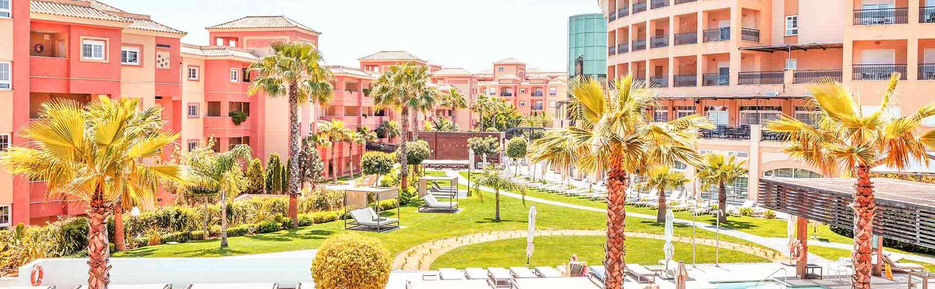 The Residences Islantilla Apartments - EDIT_TRIA-POOL_2.jpg