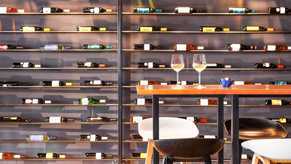 The Residences Islantilla Apartments - EDIT_TRIA-Restaurant_3.jpg