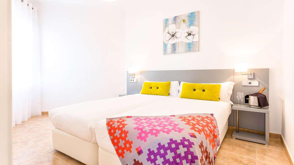 The Residences Islantilla Apartments - EDIT_TRIA-STD_APT_01.jpg