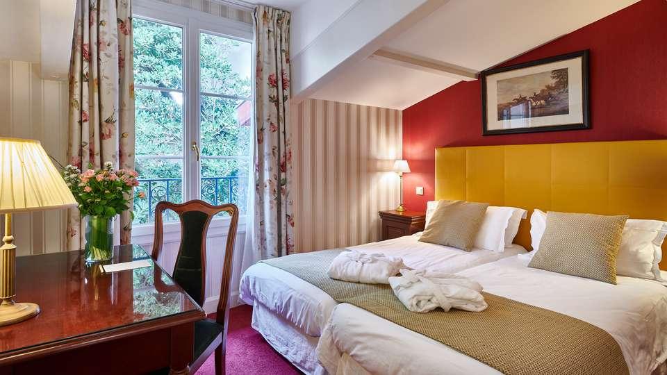Hôtel Georges VI - Biarritz - EDIT_CHAMBRE_4.jpg
