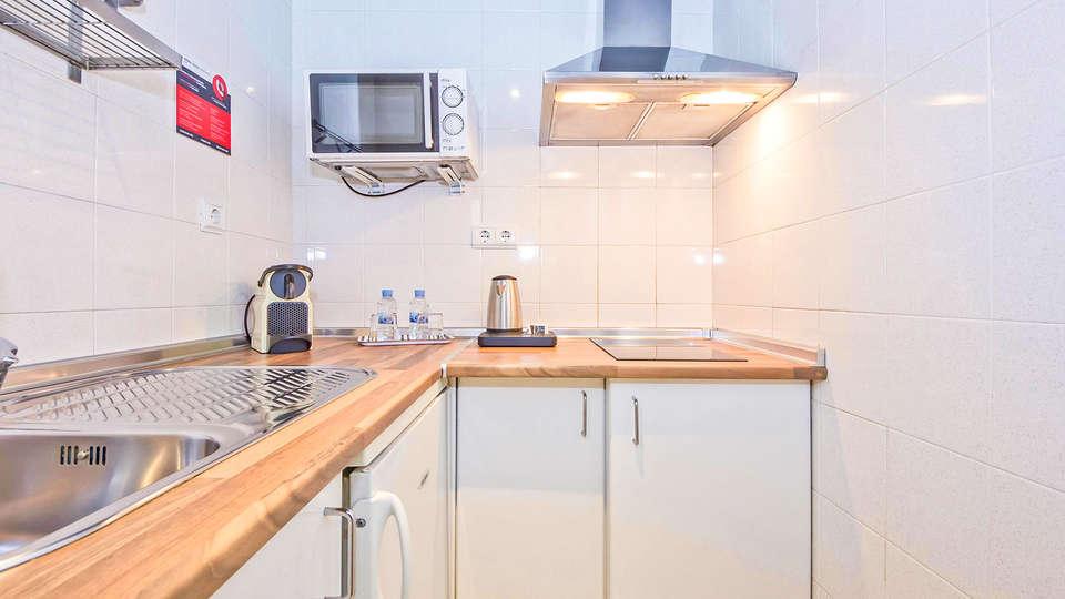 Aparthotel Atenea Valles - EDIT_COCINA_SUPERIOR_01.jpg