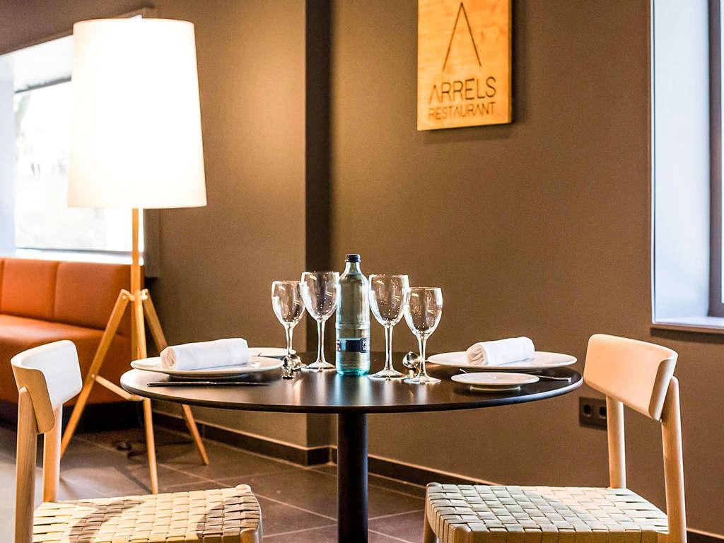 Séjour Granollers - Escapade près de Barcelone en chambre supérieure avec dîner romantique, champagne et parking inclus  - 4*