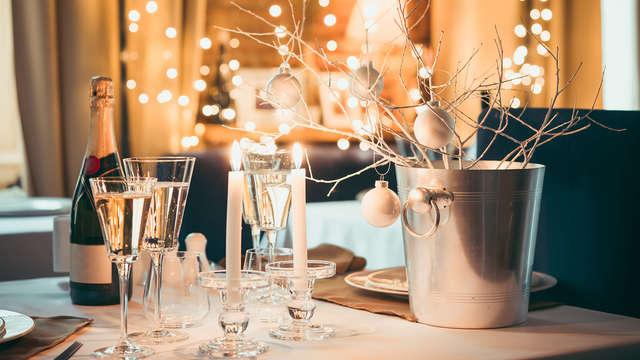 Fin de año 2019 con cena de gala, cotillón con DJ cerca de la playa Antilla