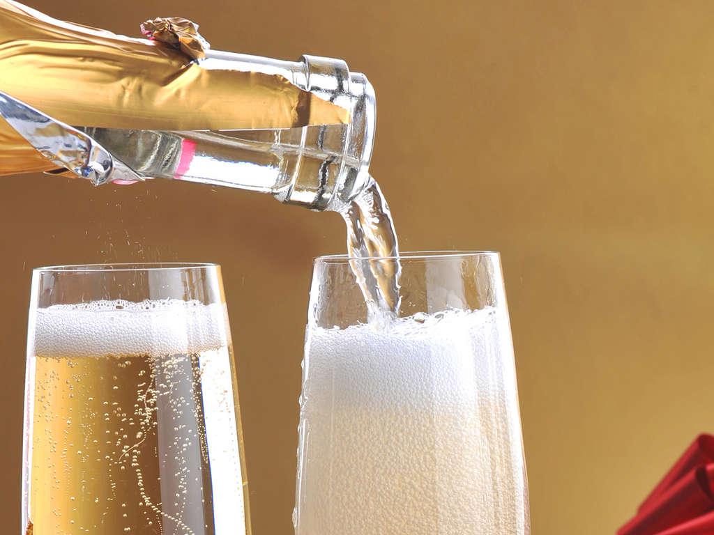 Séjour Savoie - Escapade en amoureux avec champagne, à chambéry  - 4*