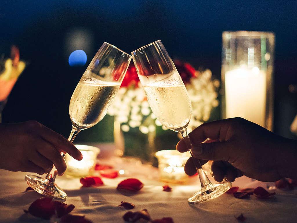 Séjour Ile-et-Vilaine - Escapade amoureuse avec champagne et gourmandises à Rennes  - 4*