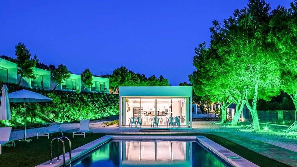 Puig Campana Nature Suites Hotel & BTT - EDIT_POOL_02.jpg