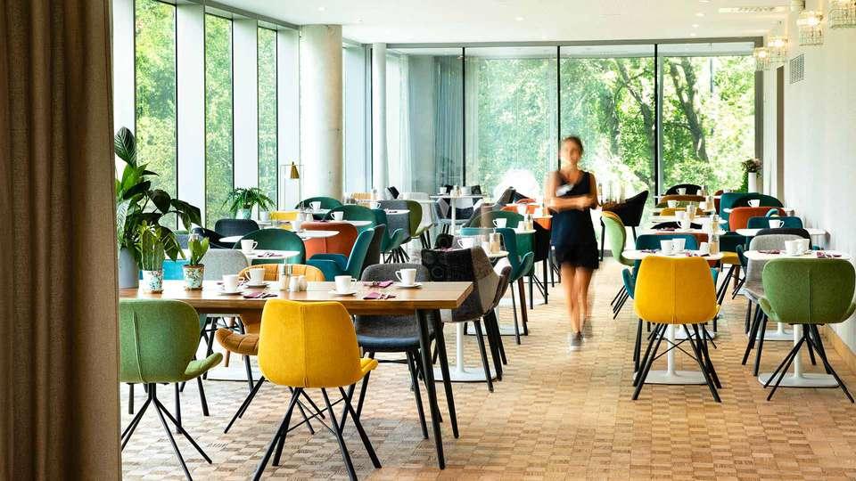 BEST WESTERN PLUS Hôtel Isidore - EDIT_Mezzanine_01.jpg