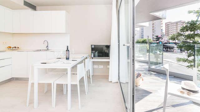 Brindis en un cómodo apartamento a orillas del mar en Platja d'Aro