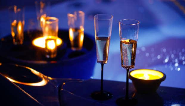 Estancia romántica en Rímini en Suite con bañera de hidromasaje