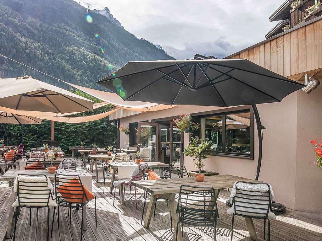 Séjour Ski Alpes - Prenez de l'altitude et séjournez au pied du Mont Blanc avec un dîner 3 plats  - 4*