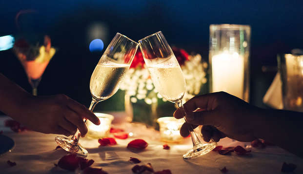 Romanticismo y cena de San Valentín a orillas del mar en Biarritz