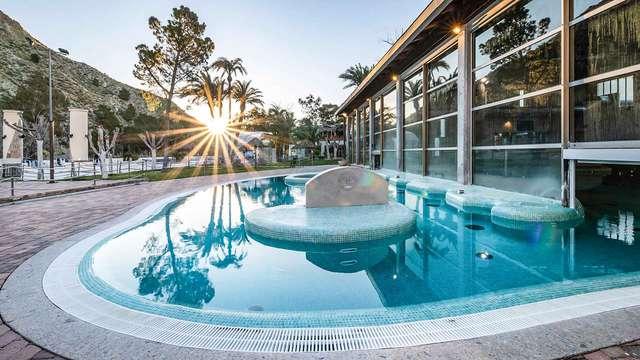 Oferta en balneario: relájate en Archena con acceso al Spa Piscinas Termales