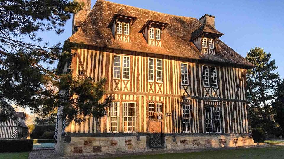 Les Manoirs des Portes de Deauville - EDIT__Manoir_jour_HD__LesManoirsMay_01.jpg