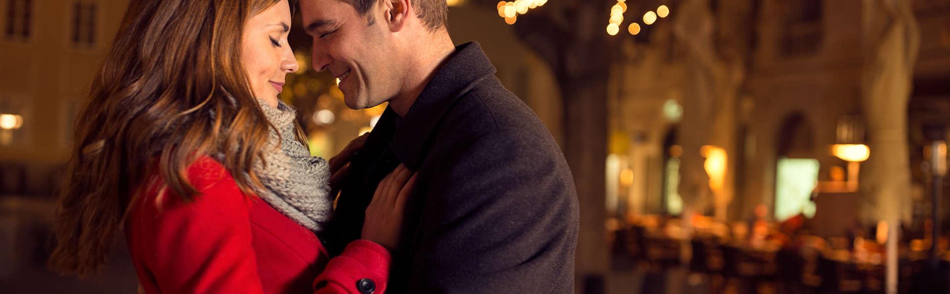 Definimos romanticismo: cenas a la luz de las velas y brindis espumoso (2 noches)