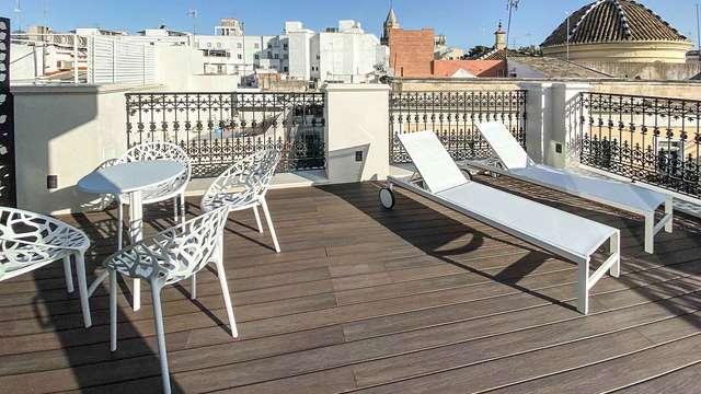 Desayuno en un elegante hotel 4* en el corazón de Sevilla