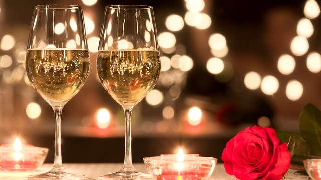 Especial San Valentin: Cena romántica, Bombones y Cava en habitación Superior
