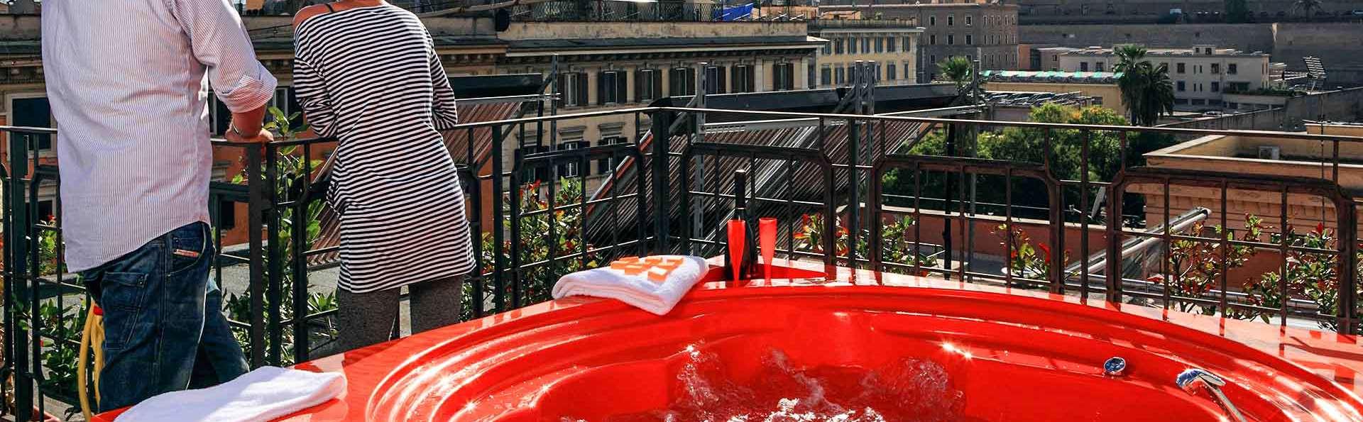 Rome romantique : nuit en hôtel 4 étoiles, avec baignoire à hydromassage en terrasse avec vue