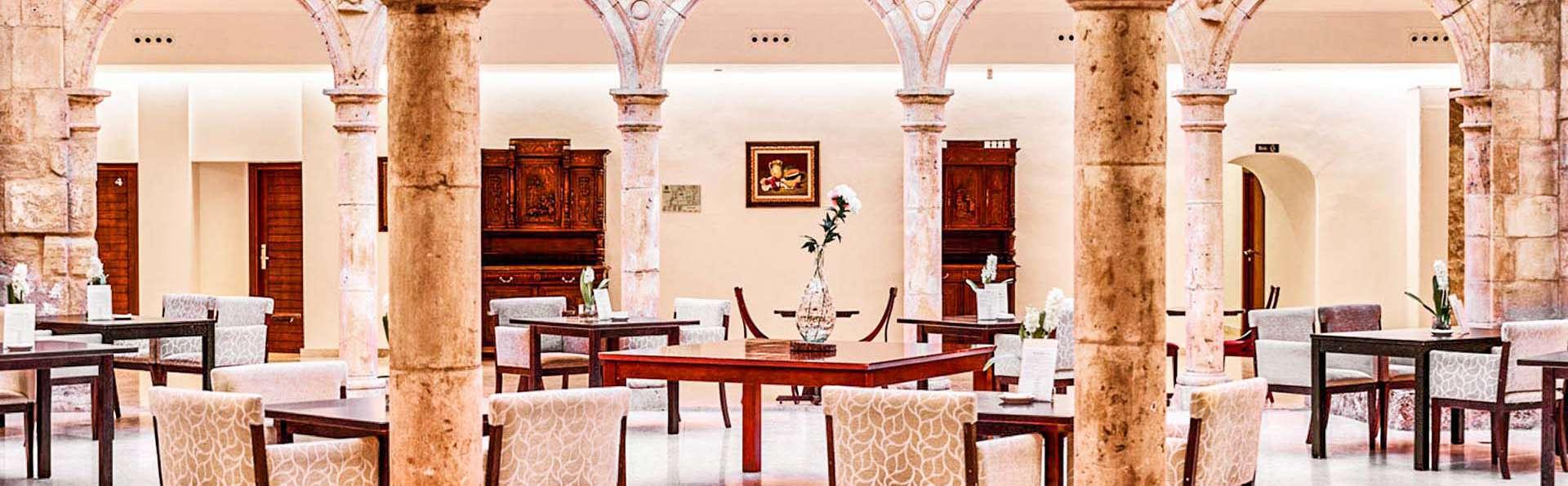 Para regalar: Descansa en un palacio, cena romántica, cocktail, Castillo de Belmonte y bodega